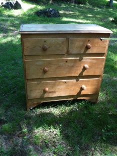 dresser antique $400