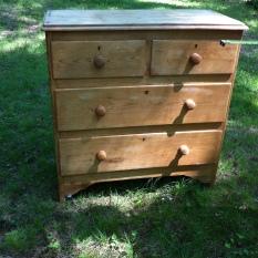 dresser antique $400