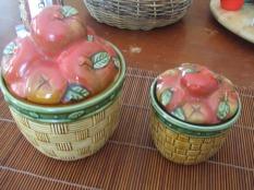 pair of apple pots lids come off vintage $75