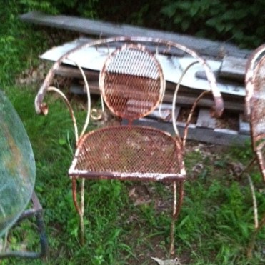 vinage chairs curved backs