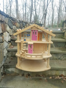 $350 dollhouse contemporary